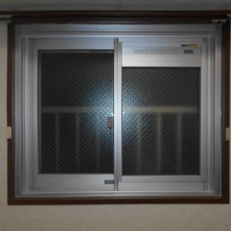 換気框付き窓にも変えられます。